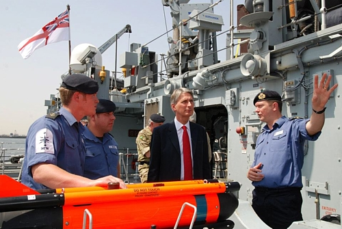 HMS Ramsey's sailors explain the Seafox mine disposal system to Mr Hammond