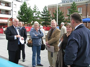 Gunwharf Quays Operations Manager Sean Sweeney MBE briefs sculpto